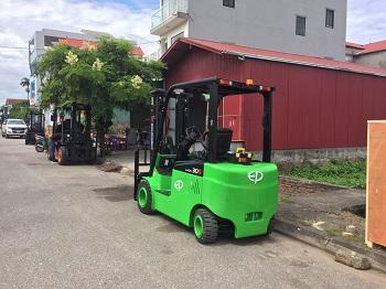 Xe nâng điện 3 tấn Lithium CPD30L1